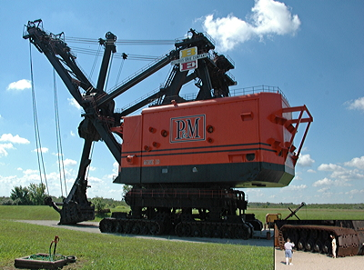 Figure 7.8: Big Brutus, a 49-meter-tall (160-foot-tall) giant stripping shovel.