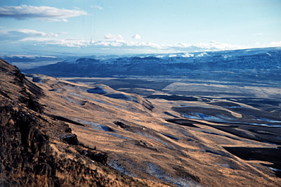 Figure 8.13: Aridisols in the Channeled Scablands near Wenatchee, Washington.