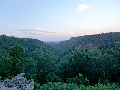 Figure 4.10: The flat-topped mesas of the Arkansas Valley, seen from atop Petit Jean Mountain.