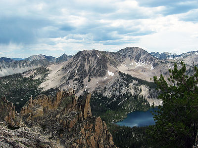 Figure 4.21: The Sawtooth Mountains above Toxaway Lake in the Sawtooth Wilderness, Idaho. These mountains are formed of granite from the Idaho Batholith.