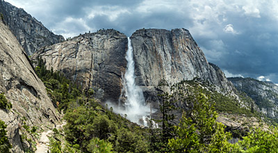 Figure 6.15:  Upper Yosemite Falls in California plunges 440 meters (1420 feet) from a hanging valley into the Yosemite chasm.